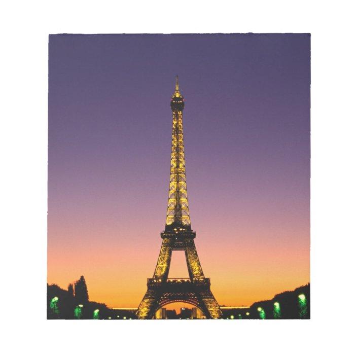 France, Paris, Tour Eiffel at sunset. Notepad