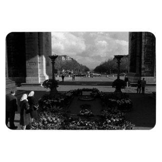 France Paris Triumphal arch Unknown soldier 1970 Magnet