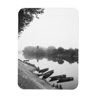 FRANCE, Touraine, The Loire: CHINON Boats along Magnet