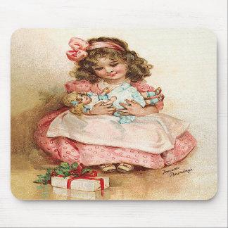 Frances Brundage - chica con la muñeca Tapete De Ratones