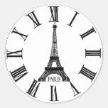 Francés del reloj de la torre Eiffel de París Pegatinas Redondas