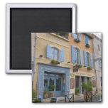 Francia, Arles, Provence, hotel y restaurante Imán Cuadrado