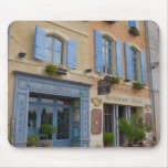 Francia, Arles, Provence, hotel y restaurante Tapetes De Ratón