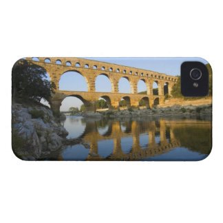 Francia, Aviñón. El acueducto romano de Pont du Ga iPhone 4 Cobertura