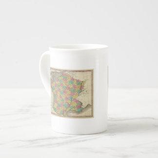 Francia, en departamentos taza de porcelana