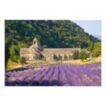 Francia, Gordes. Monasterio cisterciense de Cojinete
