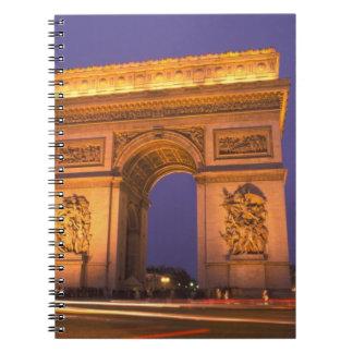 Francia, París, Arco del Triunfo en la oscuridad Cuaderno