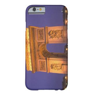 Francia, París, Arco del Triunfo en la oscuridad Funda Para iPhone 6 Barely There