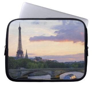 Francia, París, barco del viaje en el río el Sena, Manga Portátil