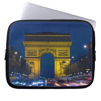 Francia, París. El Arco del Triunfo y Funda Ordendadores