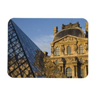 Francia París museo del Louvre y la pirámide Imán De Vinilo