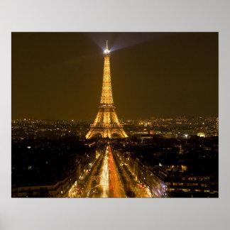 Francia, París. Opinión de la noche de la torre Ei Póster