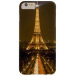 Francia, París. Opinión de la noche de la torre Funda Barely There iPhone 6 Plus