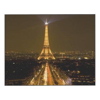 Francia, París. Opinión de la noche de la torre Impresión En Madera