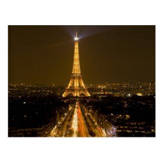 Francia, París. Opinión de la noche de la torre Postal