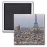 Francia, París, paisaje urbano con la torre Eiffel Imanes