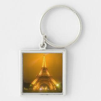 Francia, París. Torre Eiffel iluminada en 3 Llaveros
