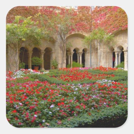 Francia, St. Remy de Provence, claustros en 3 Pegatina Cuadrada