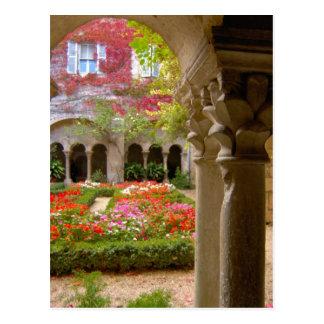 Francia, St. Remy de Provence, claustros en Tarjetas Postales