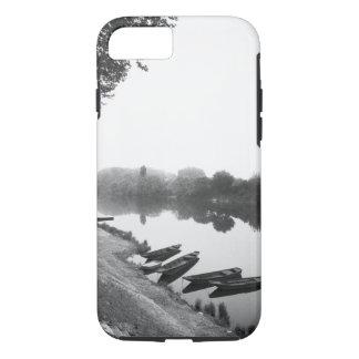 FRANCIA, Touraine, el Loira: Barcos de CHINON Funda iPhone 7