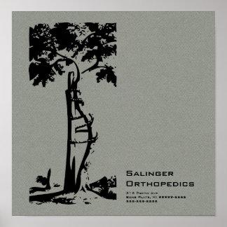 Franela gris del árbol torcido ortopédico falsa impresiones