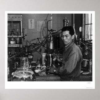 Frank Hirosawa In Laboratory 1943 Poster