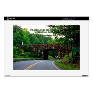 "FRANKLIN D. ROOSEVELT MEMORIAL BRIDGE DECAL FOR 15"" LAPTOP"