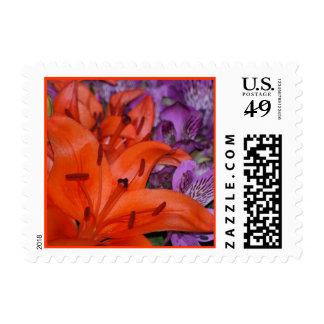 Franqueo anaranjado del lirio sellos