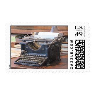 Franqueo antiguo de la máquina de escribir sellos postales