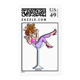 Franqueo - chica en un vidrio de Martini, rojo de