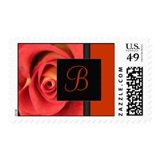 Franqueo color de rosa anaranjado del monograma sello postal