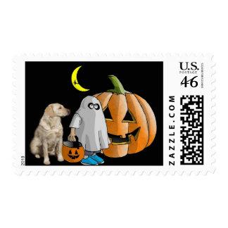 Franqueo de Halloween del labrador retriever