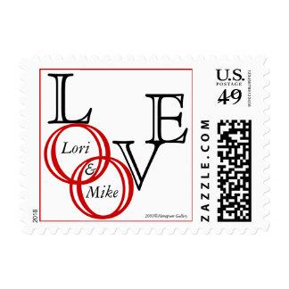 Franqueo de la invitación de los anillos de bodas timbre postal