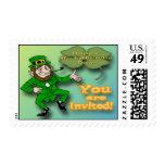 Franqueo de la invitación del día de St Patrick de Timbre Postal