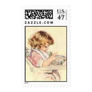 Franqueo de la niña sellos postales