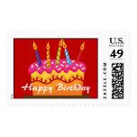 Franqueo de la torta del feliz cumpleaños