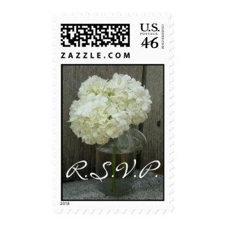 Franqueo de RSVP del boda - Hydrangeas en un tarro