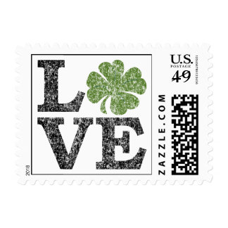 Franqueo del amor con el trébol sello postal