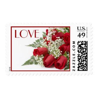 Franqueo del amor del ramo de los rosas rojos