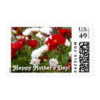 Franqueo del día de madre de los rosas rojos y timbre postal