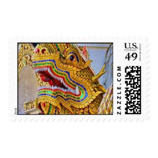 Franqueo del dragón de Wat Oopakoot