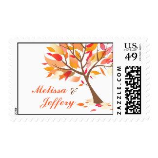 Franqueo del medio del árbol del tema del otoño timbres postales