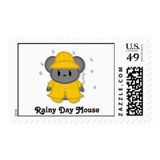 Franqueo del ratón del día lluvioso