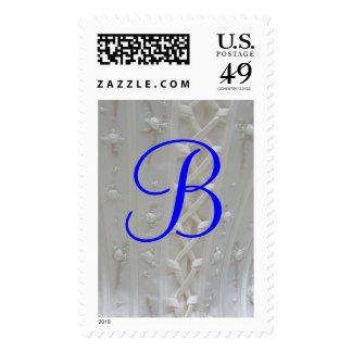 Franqueo del vestido de boda del monograma B
