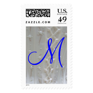 Franqueo del vestido de boda del monograma M