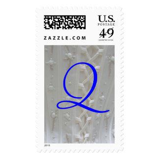 Franqueo del vestido de boda del monograma Q