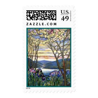 Franqueo del vitral de la magnolia y del iris sello postal