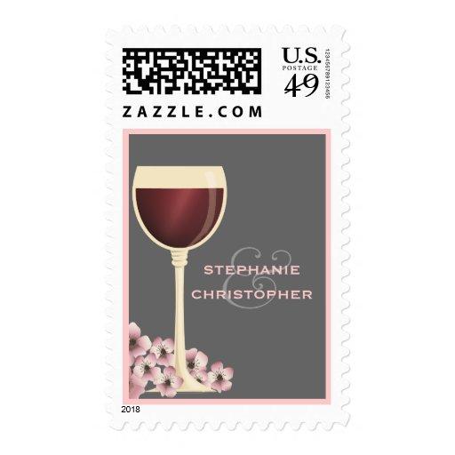 Franqueo elegante de los pares del vino rojo y del