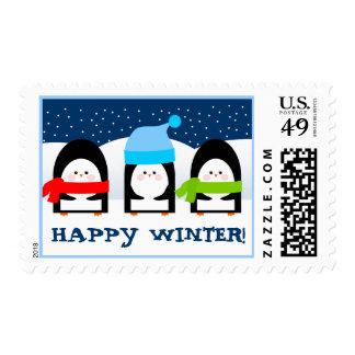 Franqueo feliz del invierno de los pingüinos fríos sello postal