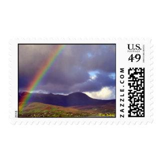 Franqueo irlandés del arco iris sellos postales